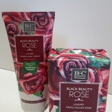 Black Beauty Rose Pamper Pack